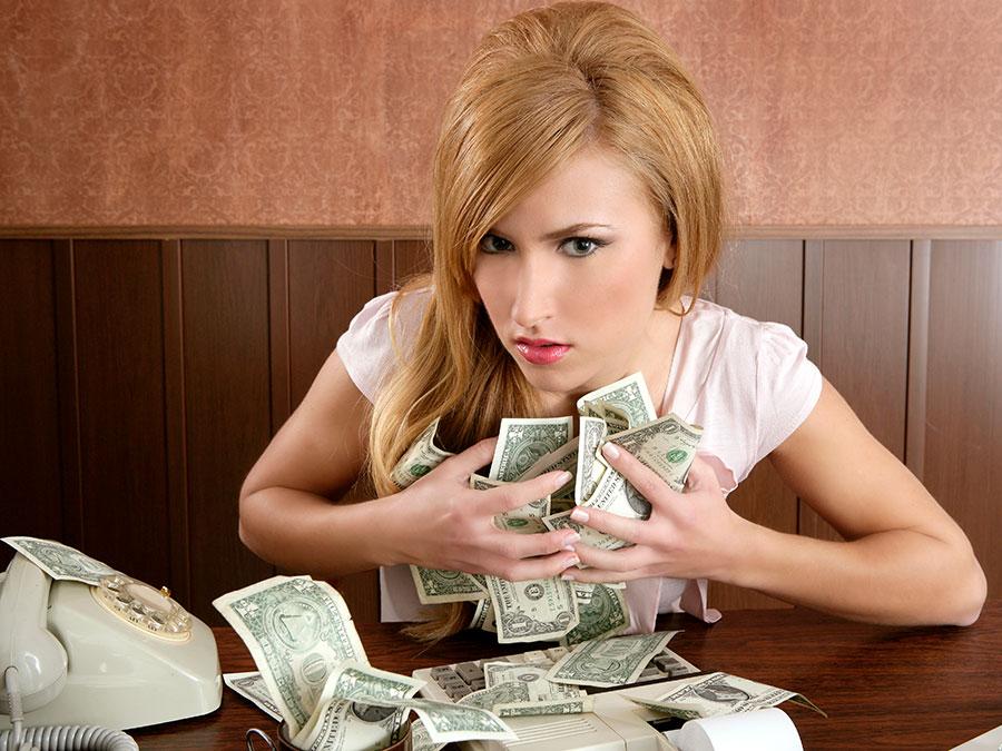 алчность, женщины