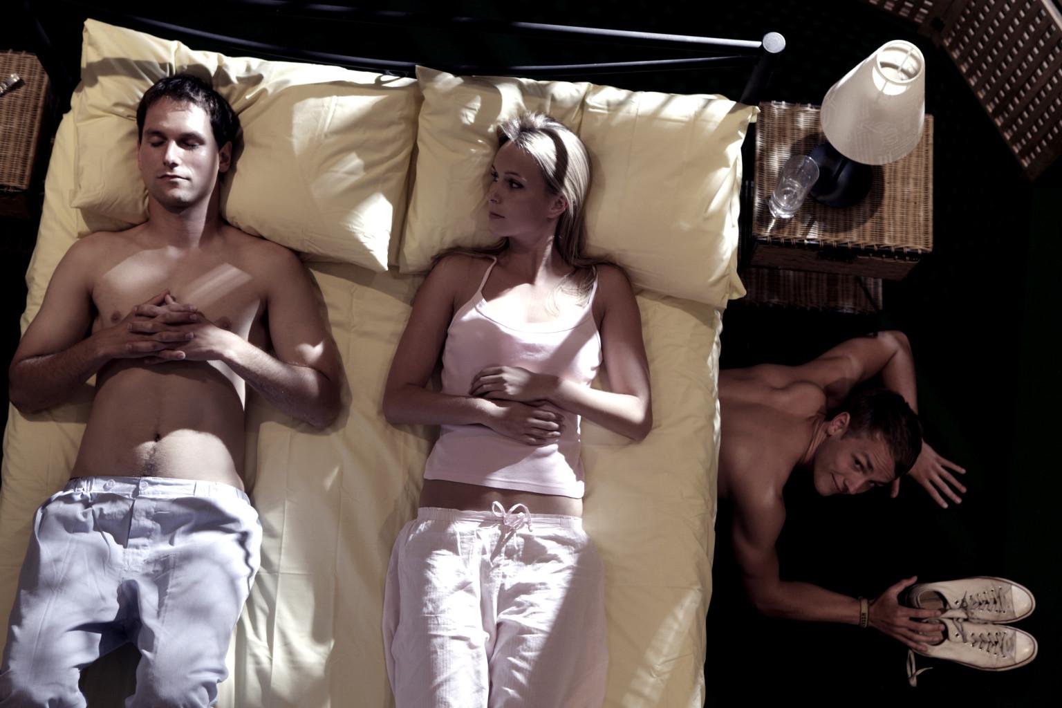 Прелюбодеяние или измена это качество личности, проявляется в периодическом нарушении супружеской Верности.
