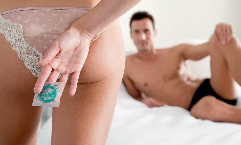 В средствах медиа массово предупреждают всех женщин, что мужчины во время секса могут снимать презерватив. Без согласия партнерши! Такой вид насилия называют Стелсингом.