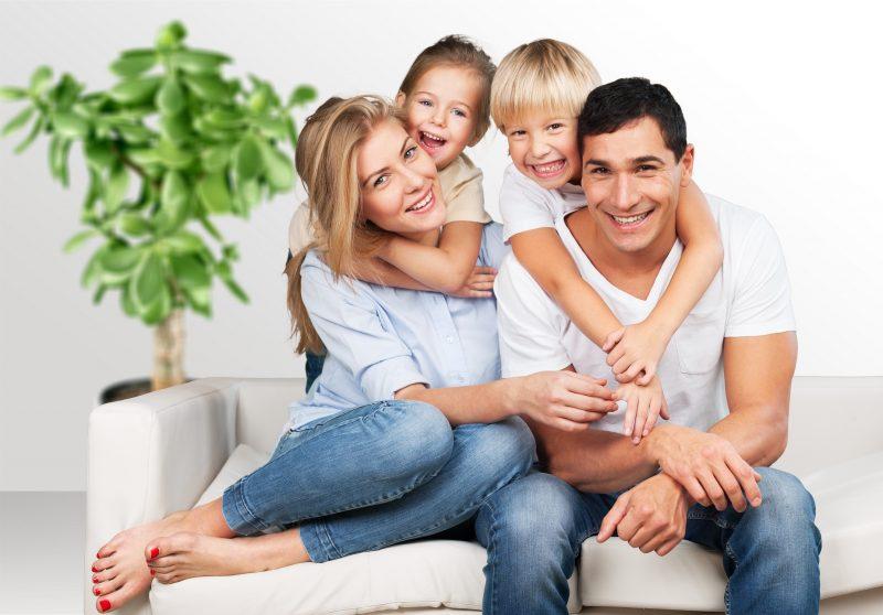 Эта мужская очень цинично правдивая статья, раскрывает экономическую нецелесообразность и абсолютную убыточность, такого проекта, как семья. В этой статье, рассматривается стандартная семья, где жена сидит дома и заботится о ребенке или детях ежедневно.