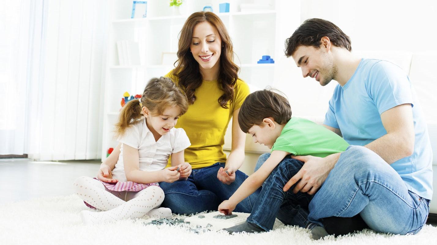 Есть женщины, которые никогда не предают: ни мужа, ни семью, ни детей, ни любовь. Они не бегут от ссор, трудностей, страха. Они верны, и определились со своим решением до конца дней. Видимо потому, что в них генетически заложена Любовь. А там, где Любовь, там нет места Предательству, Трусости, Меркантильности, двуличия. Только в этом случае появляется уверенность в будущем и Счастье в семье.