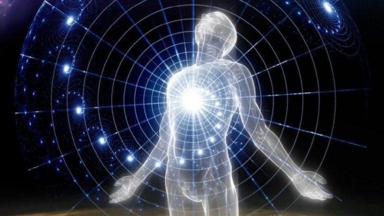 Самоосознание обязательно происходит в связке с пониманием Смысла жизни. Для этого нужно личностно расти, становиться гармоничной, зрелой, целостной личностью. Нужно терпеливо выращивать в себе положительные качества личности.