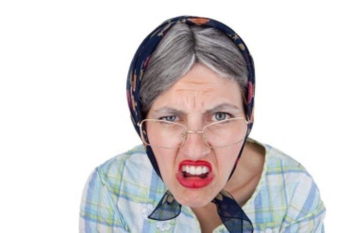 Началом и, пожалуй, главным качеством характера является Неуважение и Неудовлетворенность, за которой следуют Сварливость, Нервозность, Раздражительность, Нетерпимость, Злопамятность, Обидчивость и Гордыня.