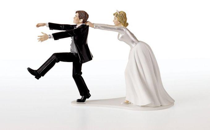 """После того, как ты купишь """"трешку"""" в браке, она, как и все приобретаемое тобой, будет считаться """"совместно нажитым"""" имуществом и подлежит разделу пополам в случае развода."""