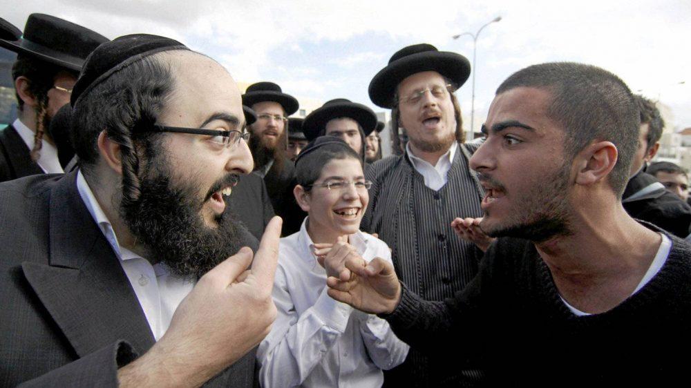 Спор, евреи, жиды, спорят, лживый, жид, паразит, жадный, главными, чертами, характера, еврея, являются, уверенность, упертость отсутствие, стеснительности, робости, евреям, присуще, свойство характера, дерзость, борзость, наглость, женщины, очень, тщеславны, любят, деньги, чужие, вечные бунтари, революционеры, бунтовщики, еврейство