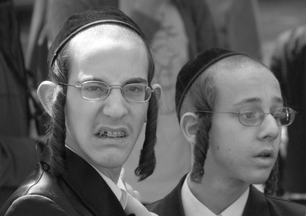 Превознося себя над Миром, жиды семиты вызывают ненависть к ним во всем мире.