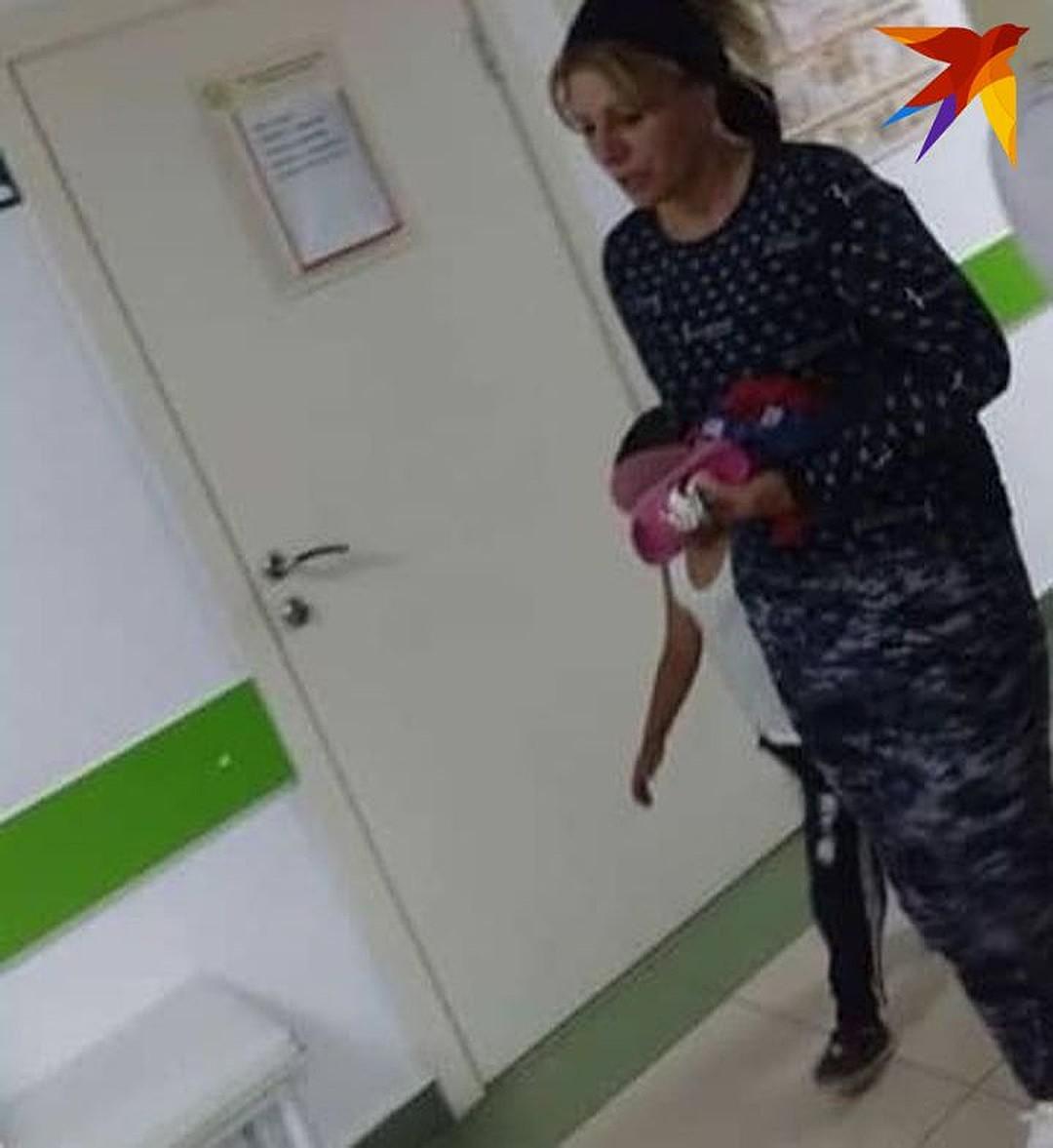 """- ЭтоГаниеваМака Юсуповна, 1984 года рождения, живущая в городеСунжа, ранее судимая по статье """"Умышленное причинение тяжкого вреда здоровью, опасного для жизни человека!"""", - сообщили """"КП-СеверныйКавказ"""" в следствии. Известно, что девочка находилась у Ганиевой под опекой. Сейчас Ганиева помещена в изолятор временного содержания. Ее допрашивают следователи, выясняющие мотивы издевательств над ребенком."""